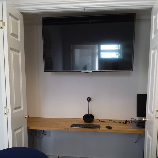 Web Conferencing at Poundbury Systems Limited in Dorset